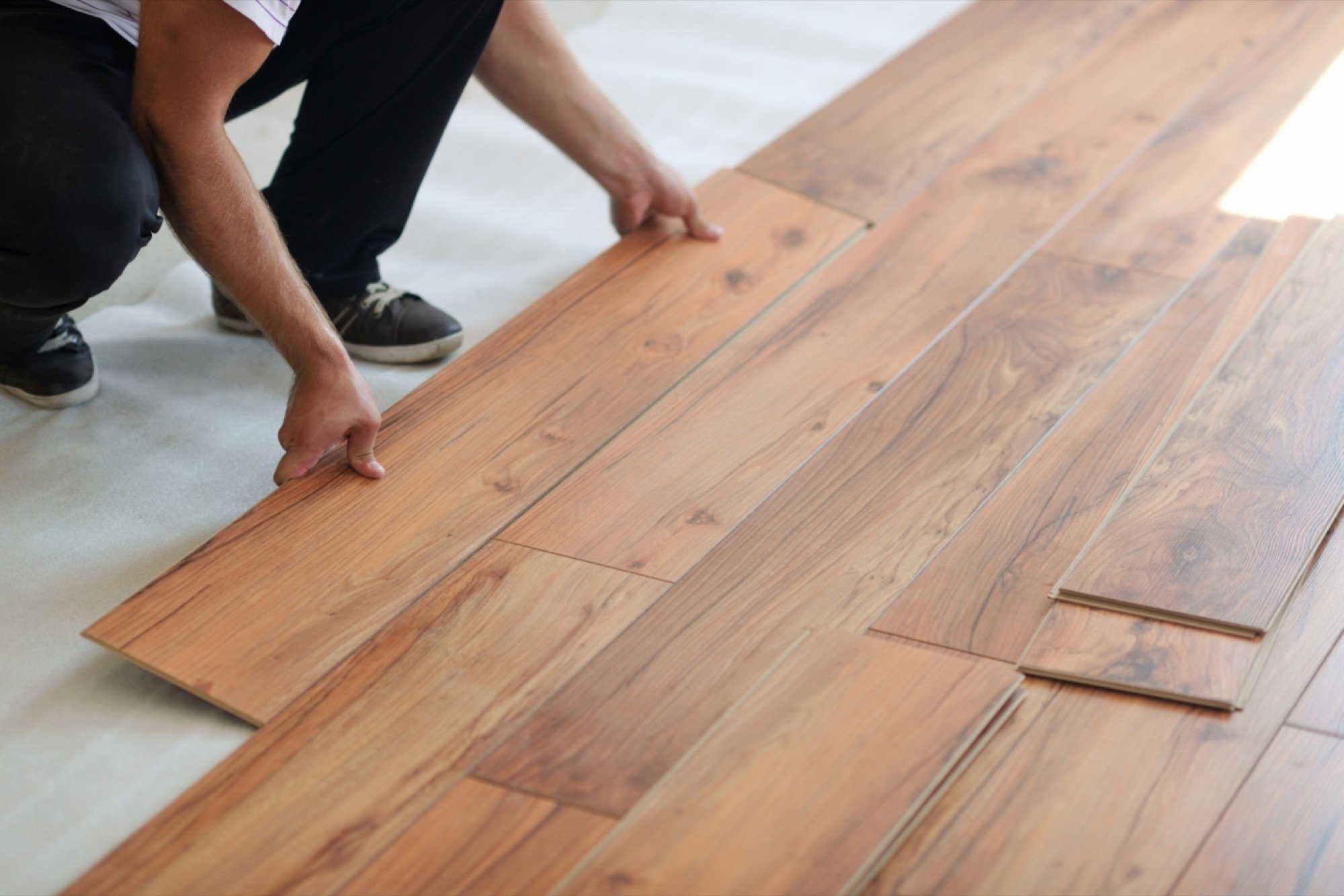 How to choose the right hardwood floors for your place